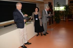 Joëlle Cohen-Tannoudji remet le Prix Charles Thibault à Bernard Jégou et Réné Habert